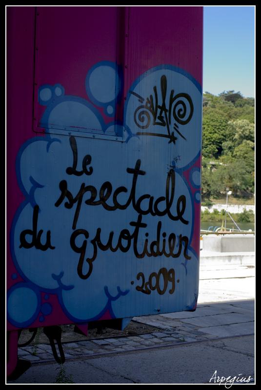 Confluence pentaxiste [sortie Lyon du 05/09/2010] - Page 6 Sucriere15