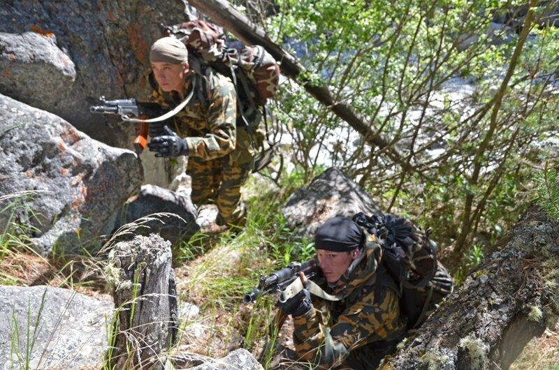 El nuevo ejército ruso... - Página 2 0_84962_404b983_XL