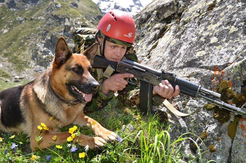 El nuevo ejército ruso... - Página 2 0_84960_feb79855_XL