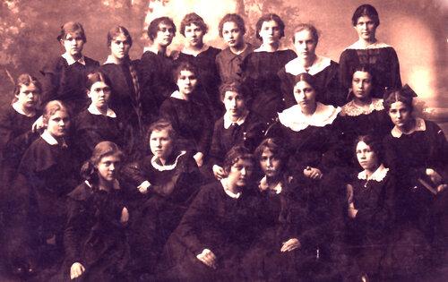 Фотографии учащихся Кунгурской женской гимназии 0_a62f7_ffaee13a_L.jpeg