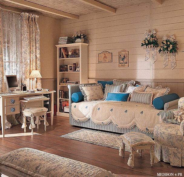 спальни для юных барышень 0_75530_5d91635f_XL