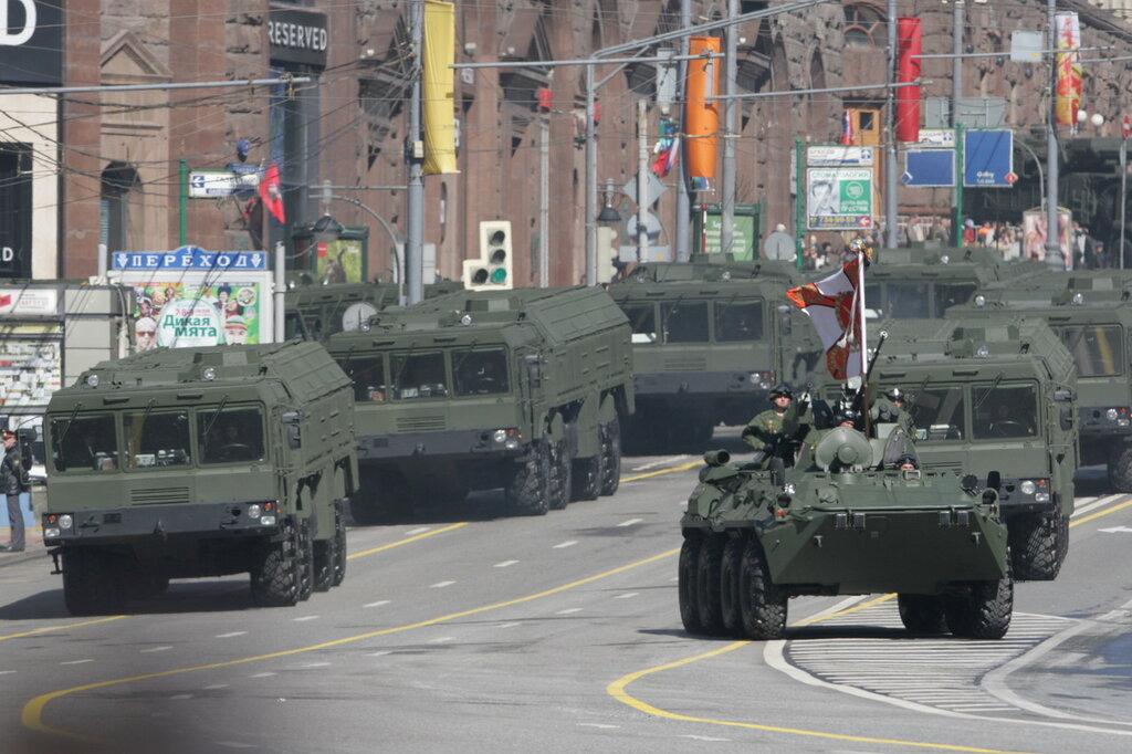 De paradas, desfiles y demás en rusia... 0_7a1bd_a09c84f3_XXL