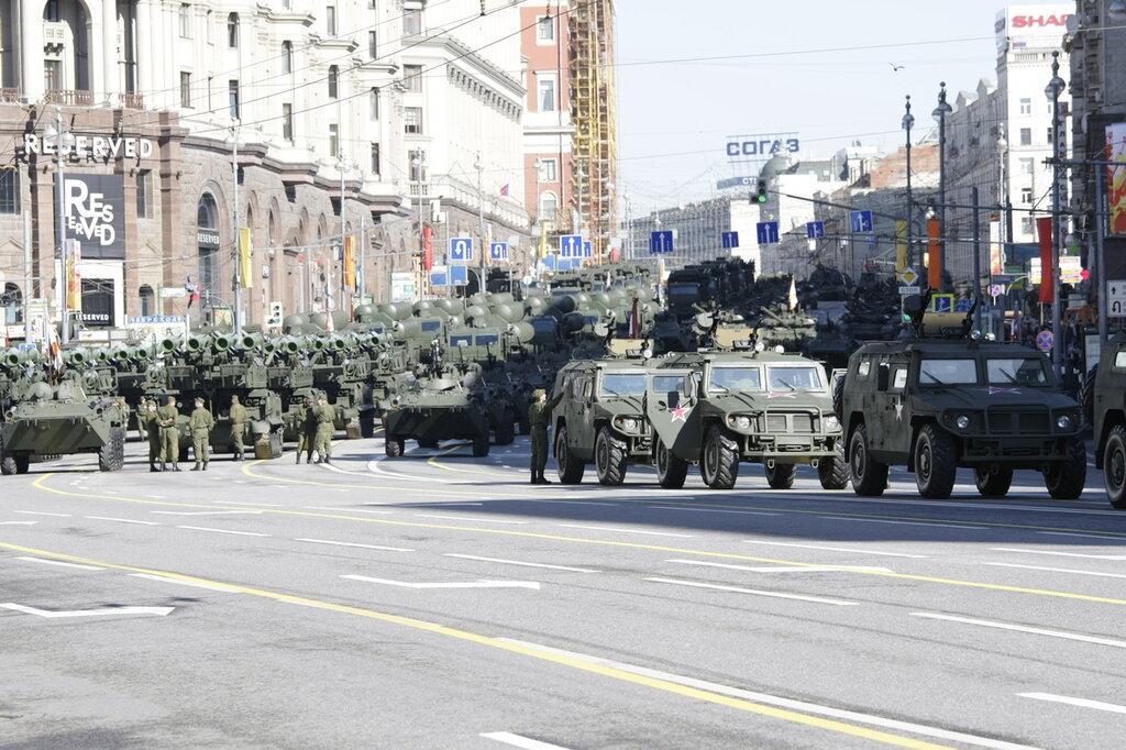 De paradas, desfiles y demás en rusia... 0_7a1ae_cff65f10_XXL