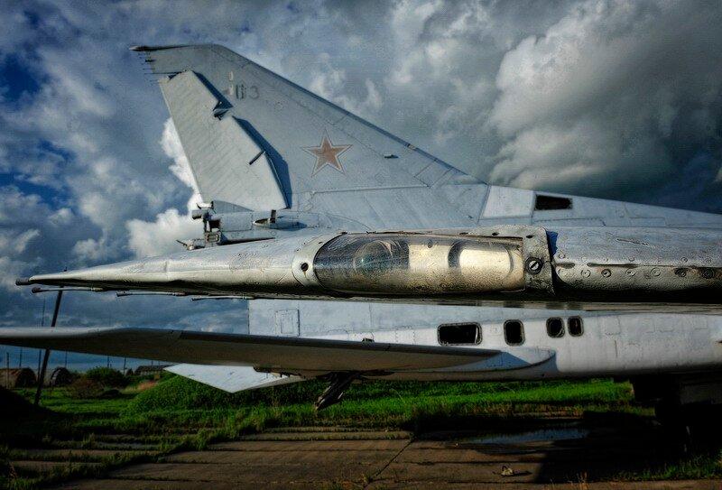 Un Regimiento de bombarderos fantasmas 0_57eed_da3faa7e_XL
