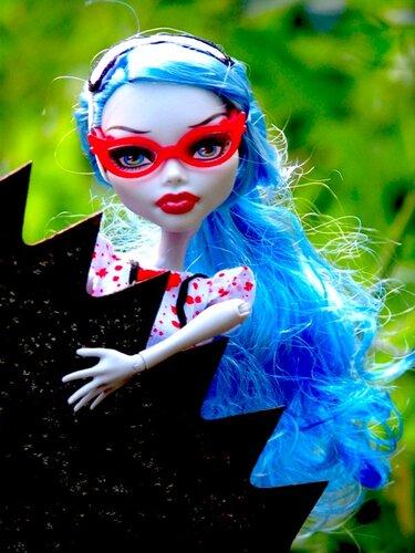 Фото наших Monster High - Страница 14 0_6f4b6_35690305_-1-L