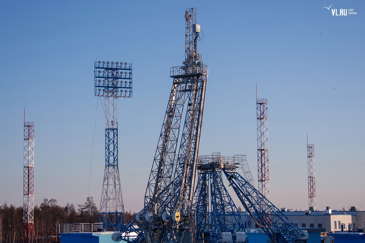 New Russian Cosmodrome - Vostochniy - Page 4 Big1453730f1j4524