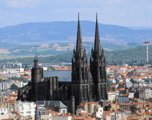 Cathédrale de Clermont 60521