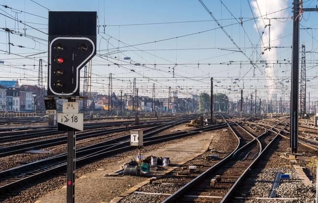 Belgique: La mère d'une ado happée par un train reçoit la facture 648x415_rails-gare-bruxelles-sud-belgique-9-octobre-2015
