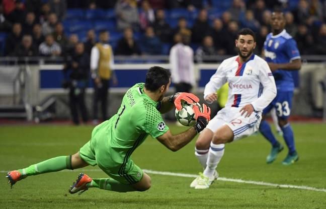 "ÉQUIPE D'ITALIE de football ""la Nazionale"" ""la squadra azzura"" - Page 4 648x415_gigi-buffon-ecure-lyonnais-lors-ol-juventus-0-1-ligue-champions-18-octobre-2016"