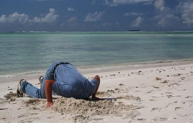 Bretagne: Un jeune homme enseveli par le sable 648x415_illustration-homme-tete-sable