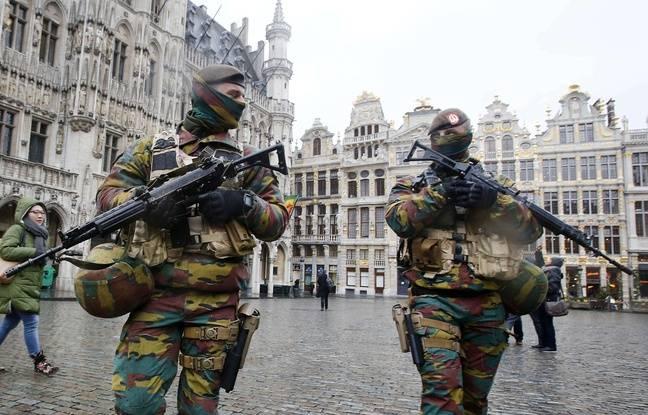 image du 31/12/2015 648x415_militaires-patrouillent-grand-place-bruxelles-24-novembre-2015