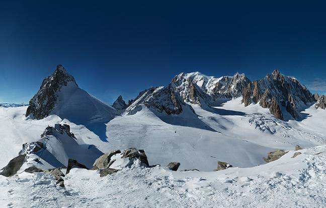 mon coup de coeur photo de la semaine - Page 8 648x415_capture-ecran-site-httpwwwin2whitecom-plus-grand-panorama-monde-mont-blanc-25-mai-2015
