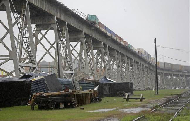 Tag monde sur Tout sur le rail 648x415_nouvelle-orleans-etats-unis-train-tombe-pont-ferroviaire-cours-tempete