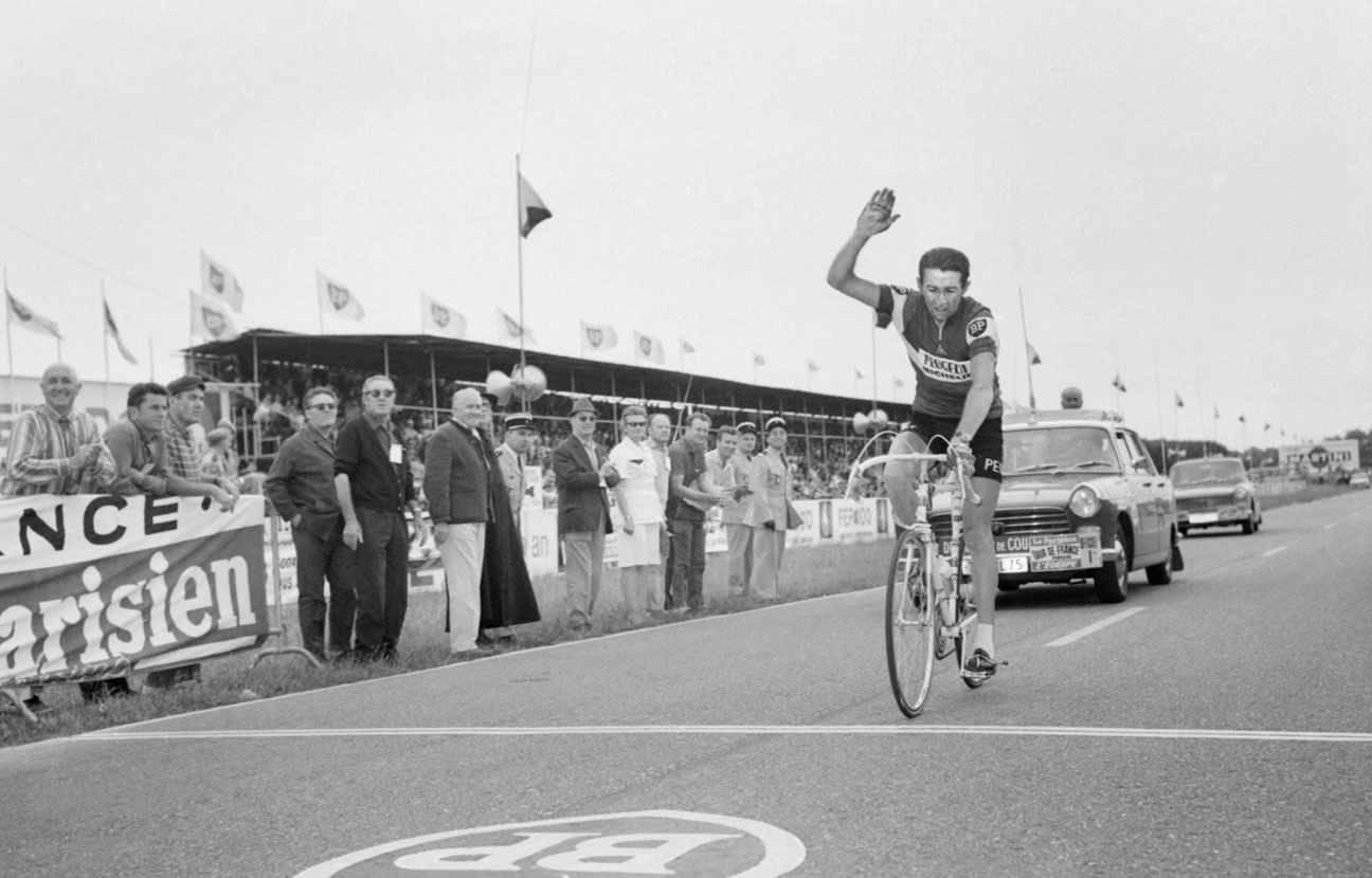 Photos et histoires du passé - Page 2 2048x1536-fit_roger-pingeon-tour-france-1968
