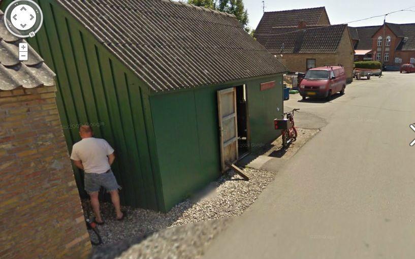 Kuriózne zábery na Google Street View  Google_street_view_mociaci_4