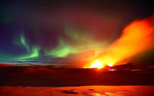 Polarna svetlost - Page 3 Polarna_ziara_erupcia_sopka_appleton_4.1_dailymail_com