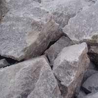 هل تحتاج إلى حجر ...؟؟؟ قصة رائعة ادخل و لن تندم Gypsum_Stone