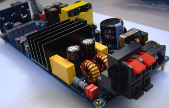 TDA8920: qualcuno lo conosce? TDA8920-CLASS-D-AMP-WITH-USB-DAC-AND-HEADPHONE-AND-SMPS