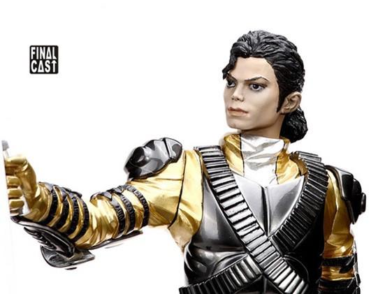 Nuova action figure prodotta da Final Cast: History World Tour 464842215_o