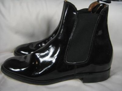 Boots. 440818190_tp