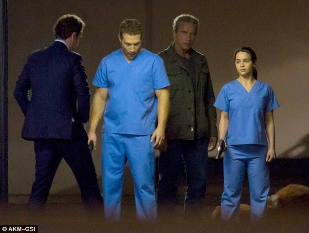 'Terminator' vuelve a la carga - Página 2 Terminator-genesis-set-1