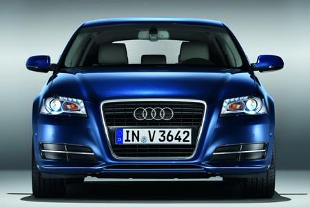 اكتشفو سيارة a3 الجميلة من شركة العملاقة audi Audi_a3_2010_4ea0b-450-300