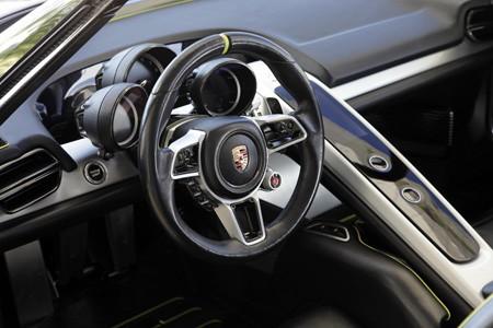 Porsche 918 nouvelles photos Porsche_918_spyder_study_concept_2010_18411-450-300