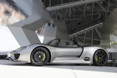 Porsche 918 nouvelles photos Porsche_918_spyder_study_concept_2010_573da-450-300