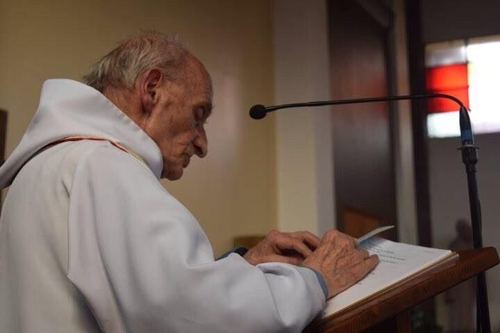 Saint-Étienne-du-Rouvray : le Père Jacques Hamel en voie de béatification Pere-Jacques-Hamel-victime-lattentat-Saint-Etienne-Rouvray_0_720_480