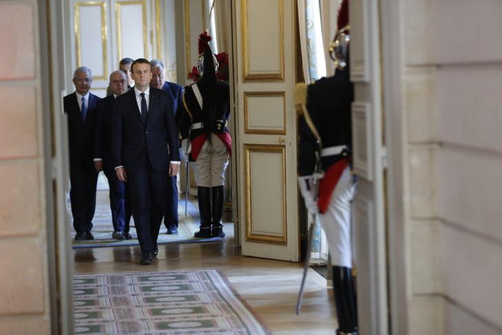 Le Gouvernement Macron Emmanuel-Macron-dimanche-14-lElysee_4_729_486