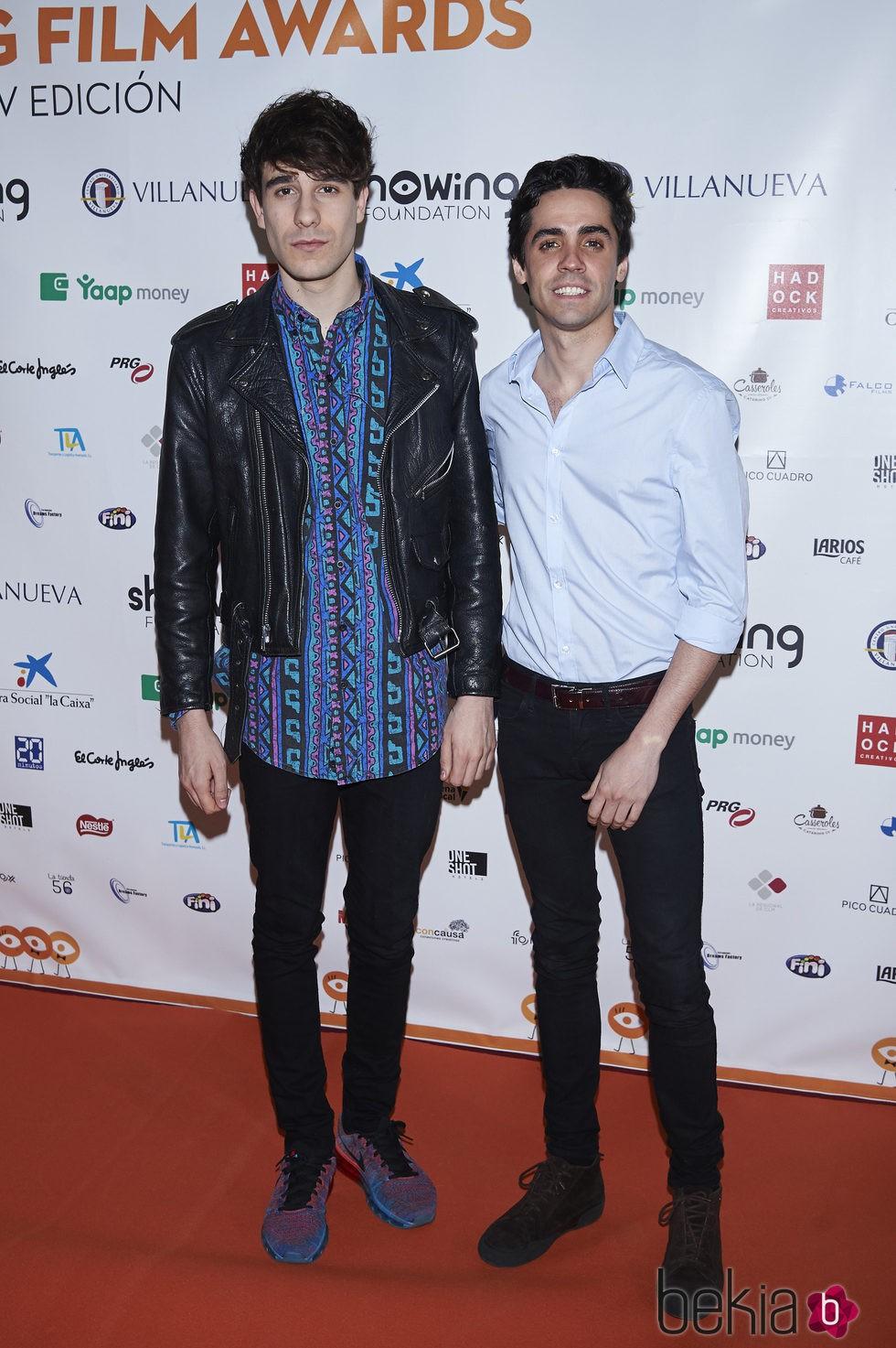 ¿Cuánto mide Javier Ambrossi? (Los Javis) - Altura 73853_javier-calvo-javier-ambrossi-showing-film-awards
