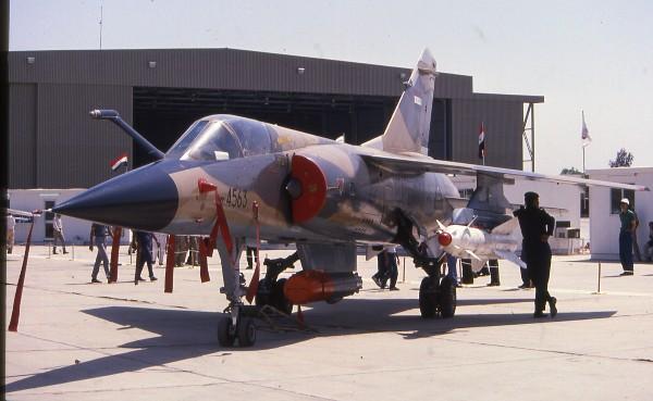 القوة الجوية العراقية .. 85 عاماً على التأسيس Iraq%20Mirage%20F-1%202