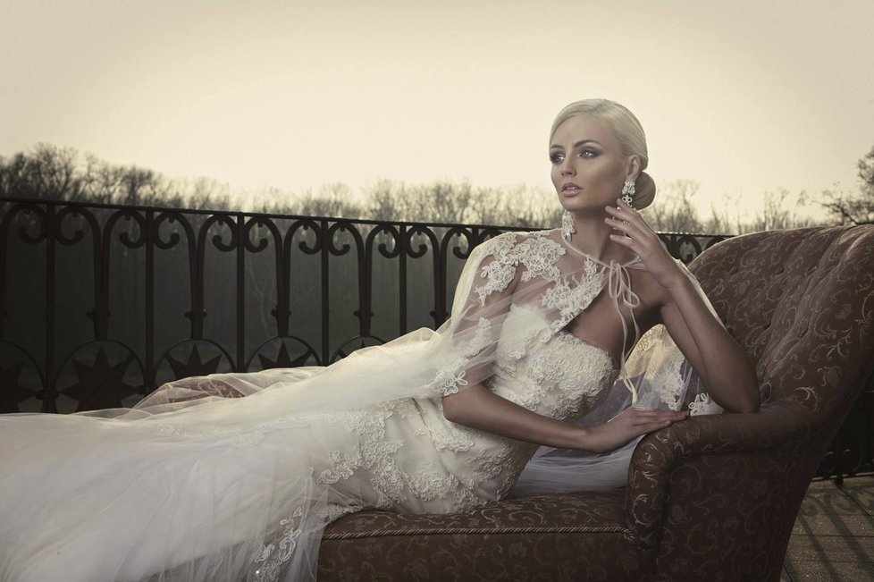 Tereza Fajksova- Miss Earth 2012 Official Thread (Czech Republic) - Page 4 1952616_
