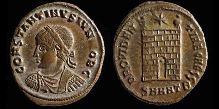 éRIC de retour au IV et Vème - Page 3 ConstantinII-PorteAnt