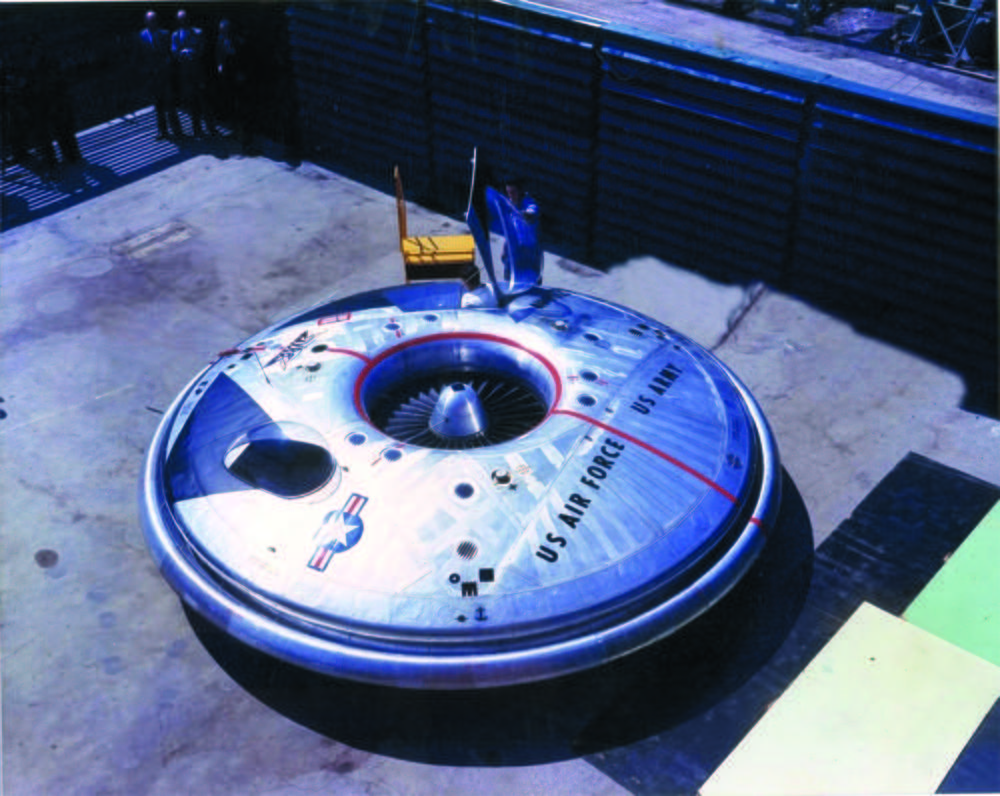 CAPITAL: 10 engins volants qui ont marqué l'histoire Avro-vz-9-la-soucoupe-volante