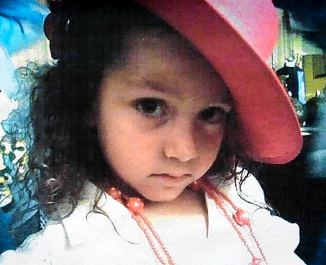 MARI LUZ CORTES - Aged 5 years - Huelva (Spain) CortezDM1501_468x380