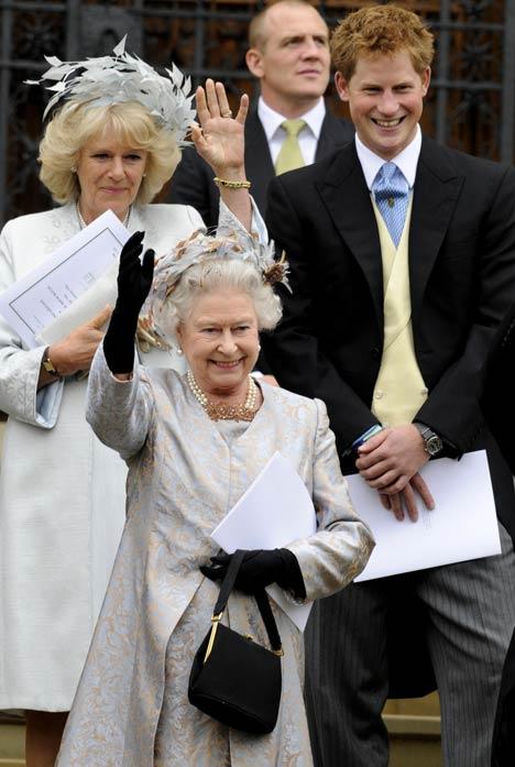 Princesa Margarita de Gran Bretaña e irlanda del Norte - Página 7 QueenPA1705_468x697