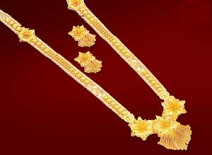 தங்கம் விலை இன்று ஒரே நாளில் சவரனுக்கு ரூ.240 அதிகரிப்பு  Large_1316601486