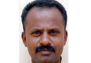மாணவியருக்கு பாலியல் தொல்லை : உதவித் தலைமை ஆசிரியர் கைது Tamil_News_large_668635