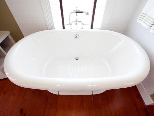 جــوله في بيت آمـريكي BC11_03-Master-Bathroom-FM-9853_s4x3_lg