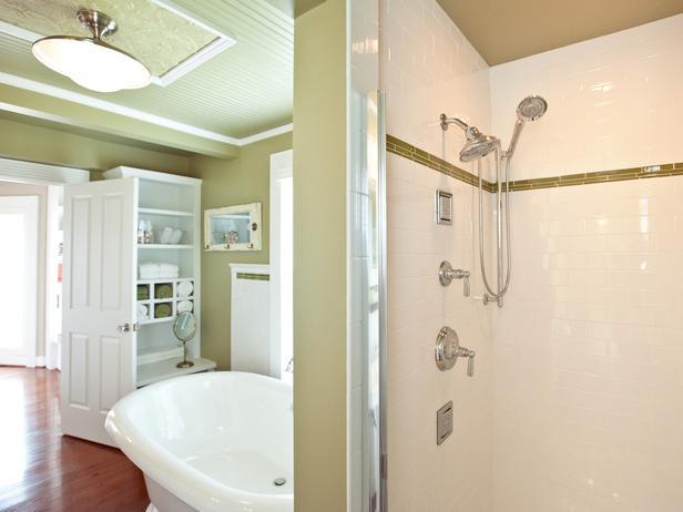 جــوله في بيت آمـريكي BC11_07-Master-Bathroom-FM-9868_s4x3_lg