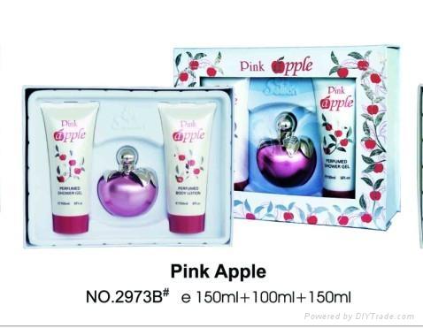 6ROJ3VI - BROJEVI Supply_perfume_Apple_2973