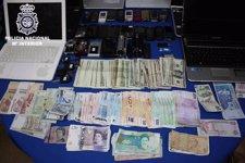 Detenidas seis personas que se hacían pasar por policías para robar a turistas Fotonoticia_20110320111353_225
