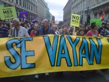 25-S- Quince detenidos y nueve heridos en la manifestación frente al Congreso que reúne a 6.000 personas Fotonoticia_20120925202612_225