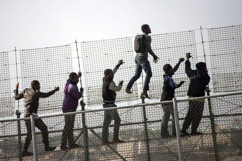 Derecho  de asilo,  Estado  burgués, flujos  de migrantes,  huida  de  zonas  bélicas. Fotonoticia_20140527153427_500