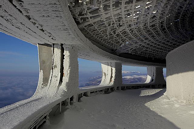 Construcciones abandonadas de la antigua URSS Ku-xlarge