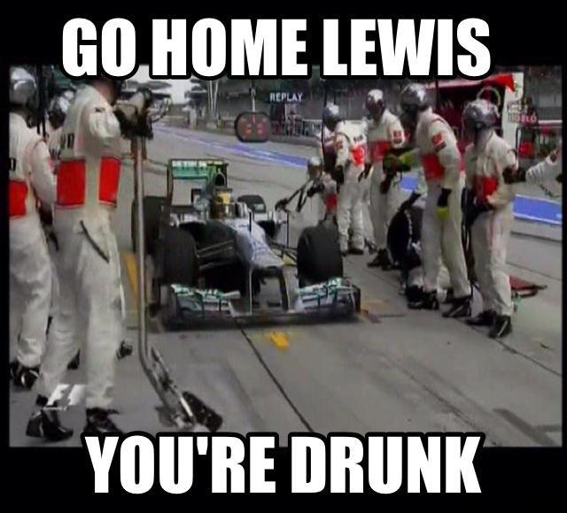 Vettal really proved why he is a douche bag. Malaysia GP. Ku-xlarge