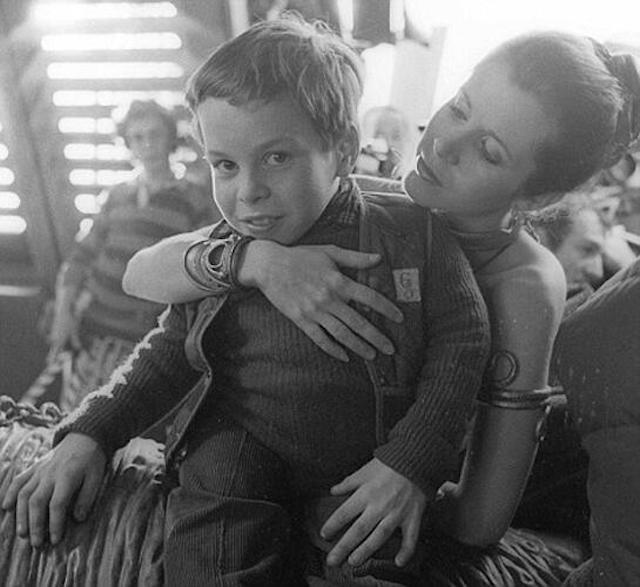 [Films] Photos personnelles et inédites de Peter Mayhew (Chewbacca) Ku-xlarge