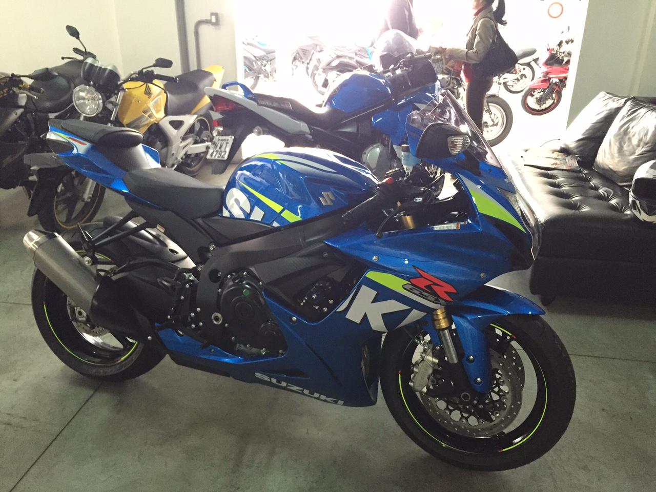 Falae Galera!!! Mais uma Srad 750 Azul MotoGP na área A31e9bb44af908e95fe3eafa24b547dd16fa6a82