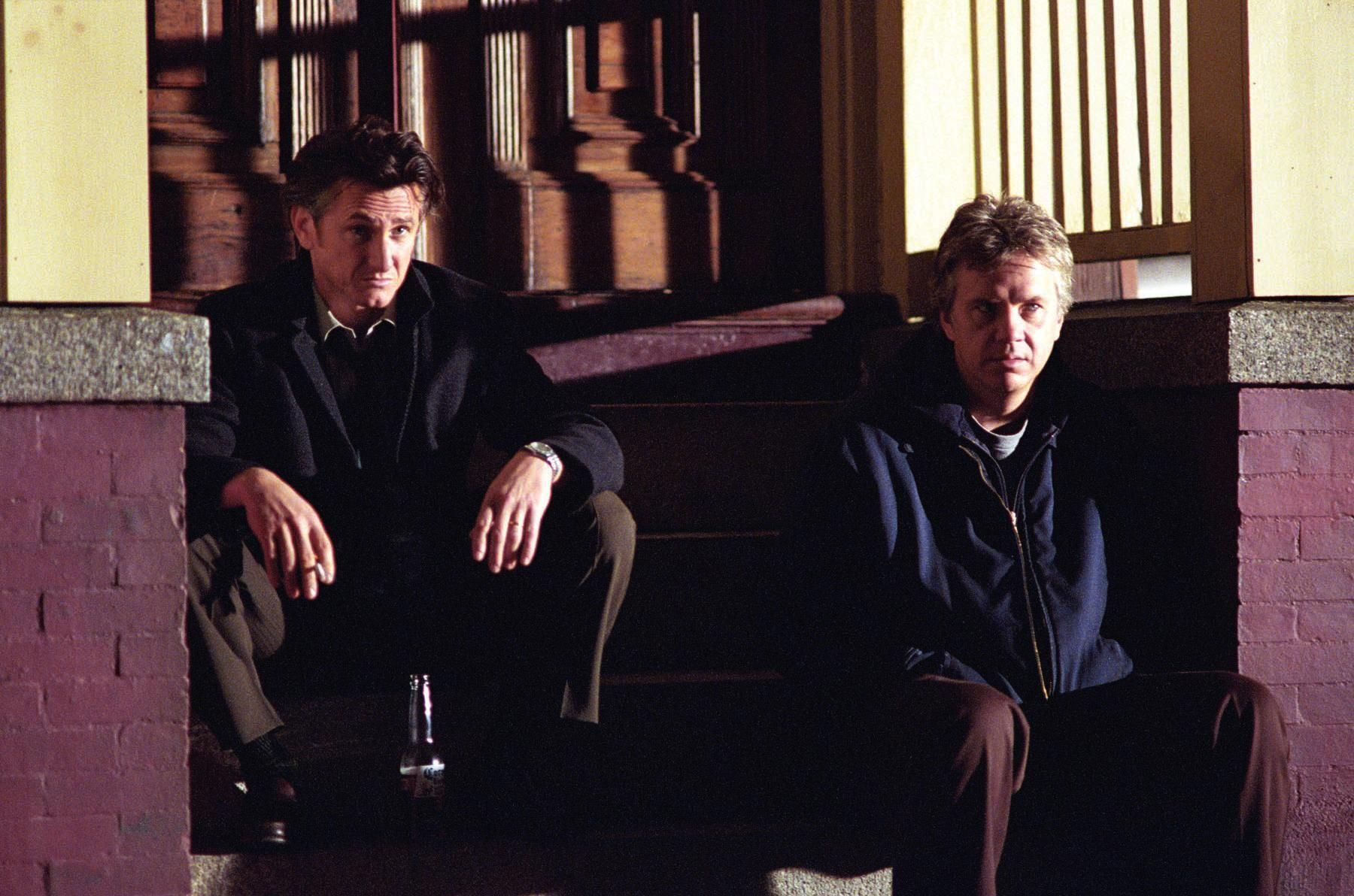 Mejor peli del siglo XXI 1415902834_still-of-tim-robbins-and-sean-penn-in-mystic-river-2003-large-picture